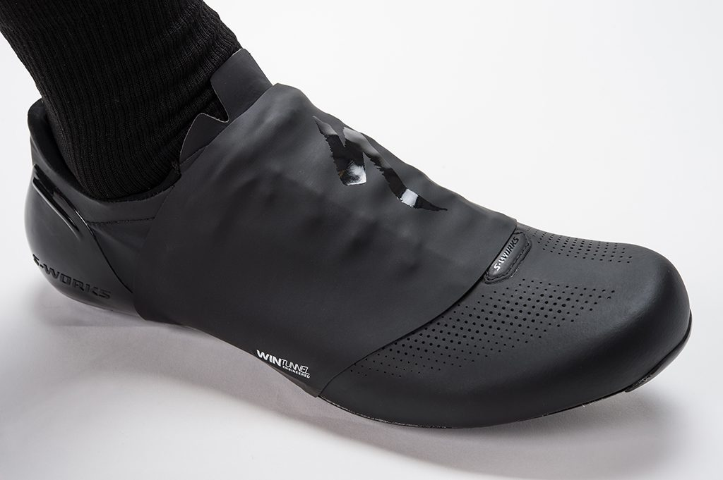 I bought the S-Works Sub6 earlier this year after contemplating options from Sidi and Giro. Prior to the S-Works Sub6, I was using the Giro Trans which was ...